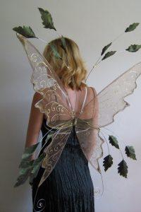 autumn leafy wings